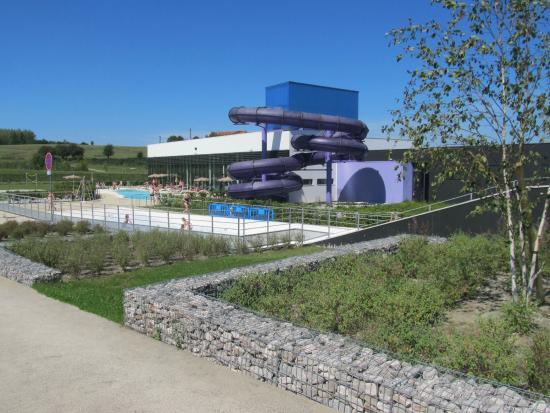 aquatic-bowling-center